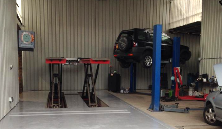 Inside Strafford Service Centre - MOT and Servicing Brighton
